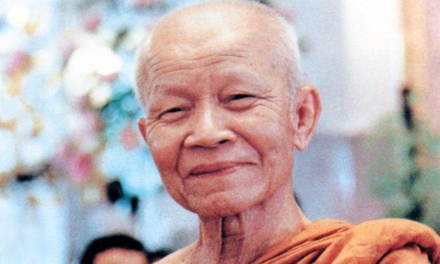 Right Temperament: Living with Luangta Maha Boowa